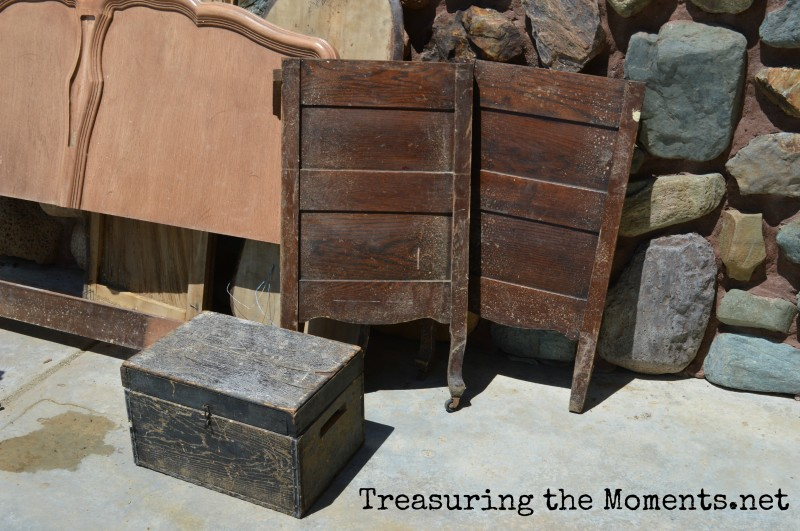 treasuringthemoments.net salvaged furniture